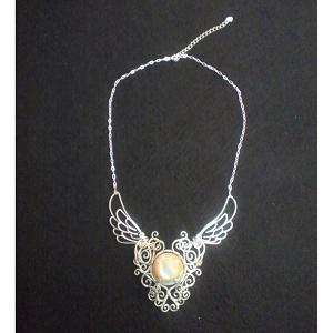 夜光貝玉ワイヤーワークチョーカー - wirework choker with a green turban shell carving ball
